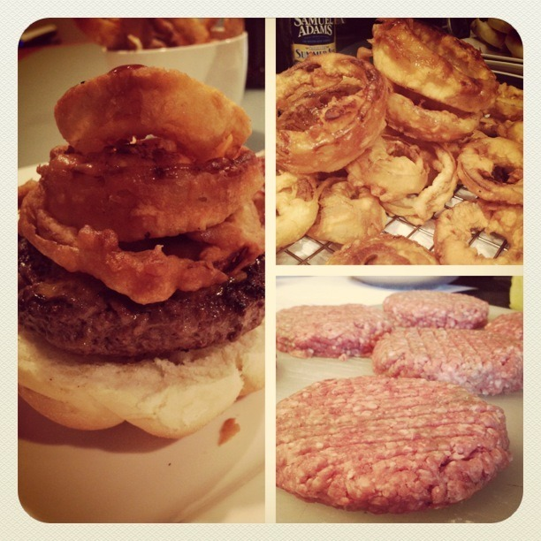 thehubofgrub:  BBQ burgers: Batter Fried Onion Rings, Patties stuffed with Sharp Cheddar, BBQ Sauce and a side of Sam Summer.