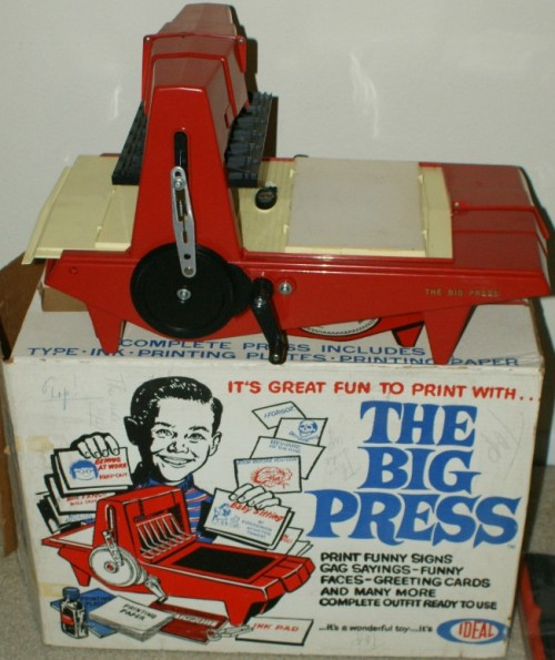 vintagetoyarchive:  IDEAL: 1964 The Big Press Printing Machine  Grande imprensa