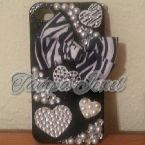 #diy #cellphonecase #iphone4 #zebraprint
