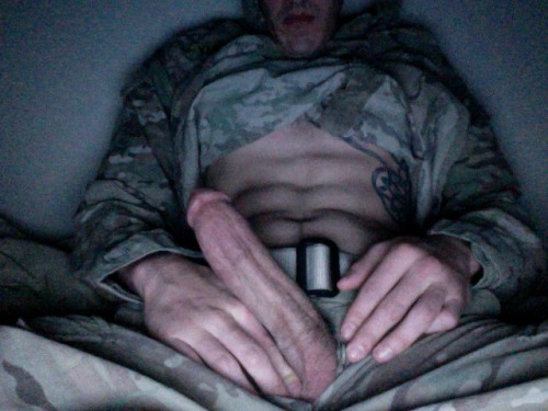 militarymencollection:  militarymencollection.tumblr.com