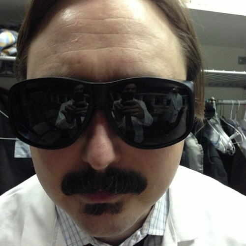 paulftompkins:  Observe how @johnhodgman looks into your skeleton. (at The Eureka Theatre)  Eep!