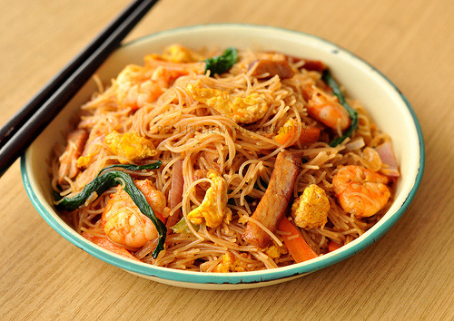"prettygirlfood:  ""Singaporean"" Stirred-Fried Rice"