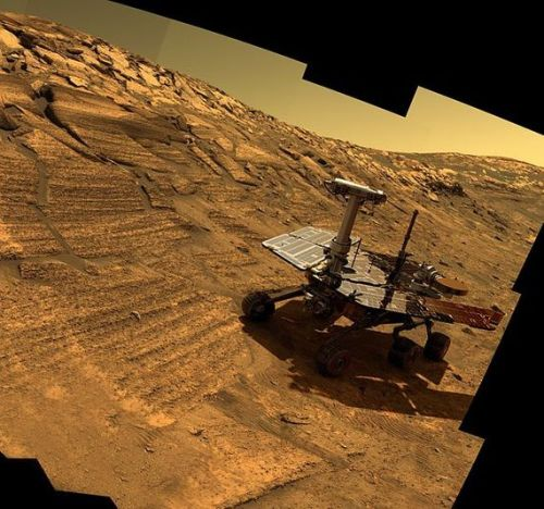 OPPORTUNITY ROVER BLAZES PASADO 40 AÑOS ESPACIO QUE CONDUCE EL EXPEDIENTEELIZABETH II GREETS NASA GSFC EMPLOYEES, MAY 8, 2007 EDIT-CROPPED (PHOTO CREDIT: WIKIPEDIA)COMPOSI…View Post