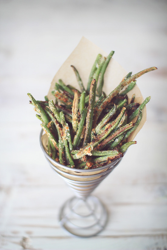 beautifulpicturesofhealthyfood:  Crispy Baked Parmesan Green Bean Fries…RECIPE