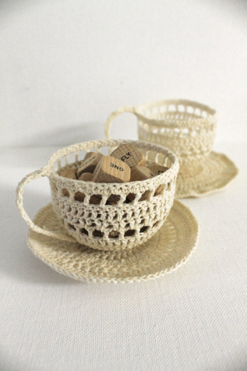 podkins:  Crochet Tea Sculpture created by creativecarmelina on Etsy.  Nice work!