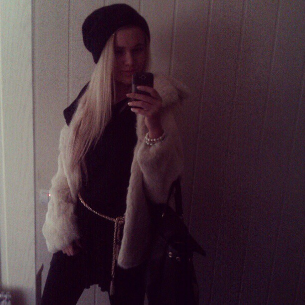 #girl #blond #fur #hat