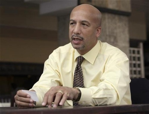 Former New Orleans Mayor Ray Nagin charged with Katrina-related corruption (Photo: Enrique De La Osa / Reuters file) A federal grand jury on Friday charged former New Orleans Mayor Ray Nagin with 21 counts of public corruption, including bribery and fraud related to his dealings with city vendors following the 2005 Hurricane Katrina disaster. Read the complete story.