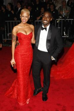 swag fashion dress amber kanye kanye west rose amber rose yeezy west red dress yeezus kanye west fashion kanye and amber