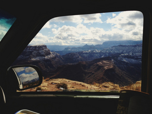 kristallnicole:  m-onster:kevinruss:  Rim driving. Marble canyon on Flickr