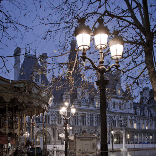 parisbeautiful:  Lights - Hôtel de ville Paris by Remy Carteret on Flickr.