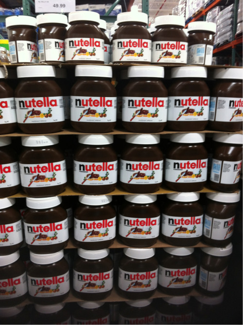 Lots of Nutella to brighten your day :)