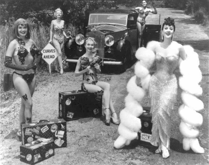 chumloadio:  Burlesque (Gypsy Rose Lee, right)