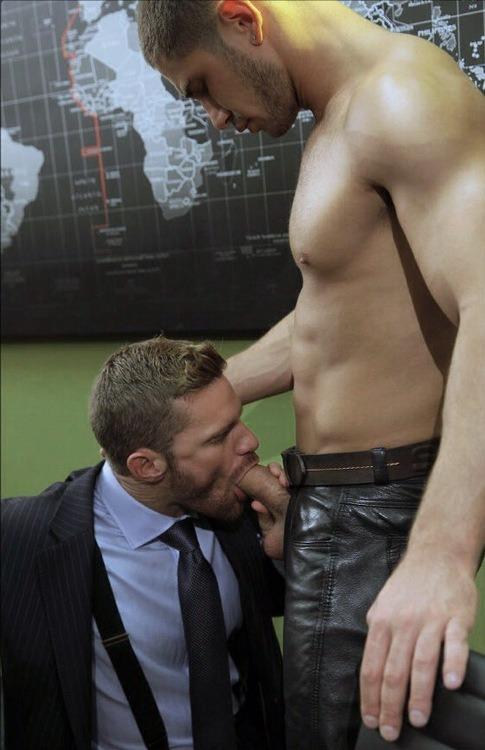 photo : 114589600410 little-gay-boys https://www.neofic.com
