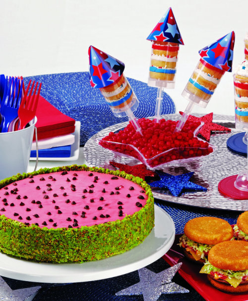 what2cook:  July 4th Sparkling SweetsCool Watermelon CheesecakeSweet SlidersRed, White and Blue Treat Pops  (Family Features)…View Post