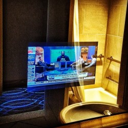 TV embedded in the bathroom mirror #electricmirror #omnidallas (at Omni Dallas Hotel)