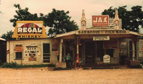 """Juke Joint"" in depression era Louisiana. [4416 x 2612] - Imgur"