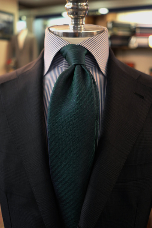 bntailor:  2013 S/S Fiorio Herringbone Two face Silk Tie. At B&Tailorshop.