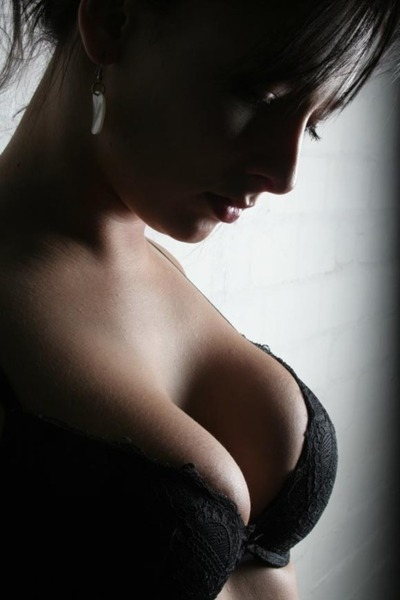 titsandeyes:  Tits and Eyes - Big tits and beautiful eyes http://titsandeyes.tumblr.com #2500   Awesome