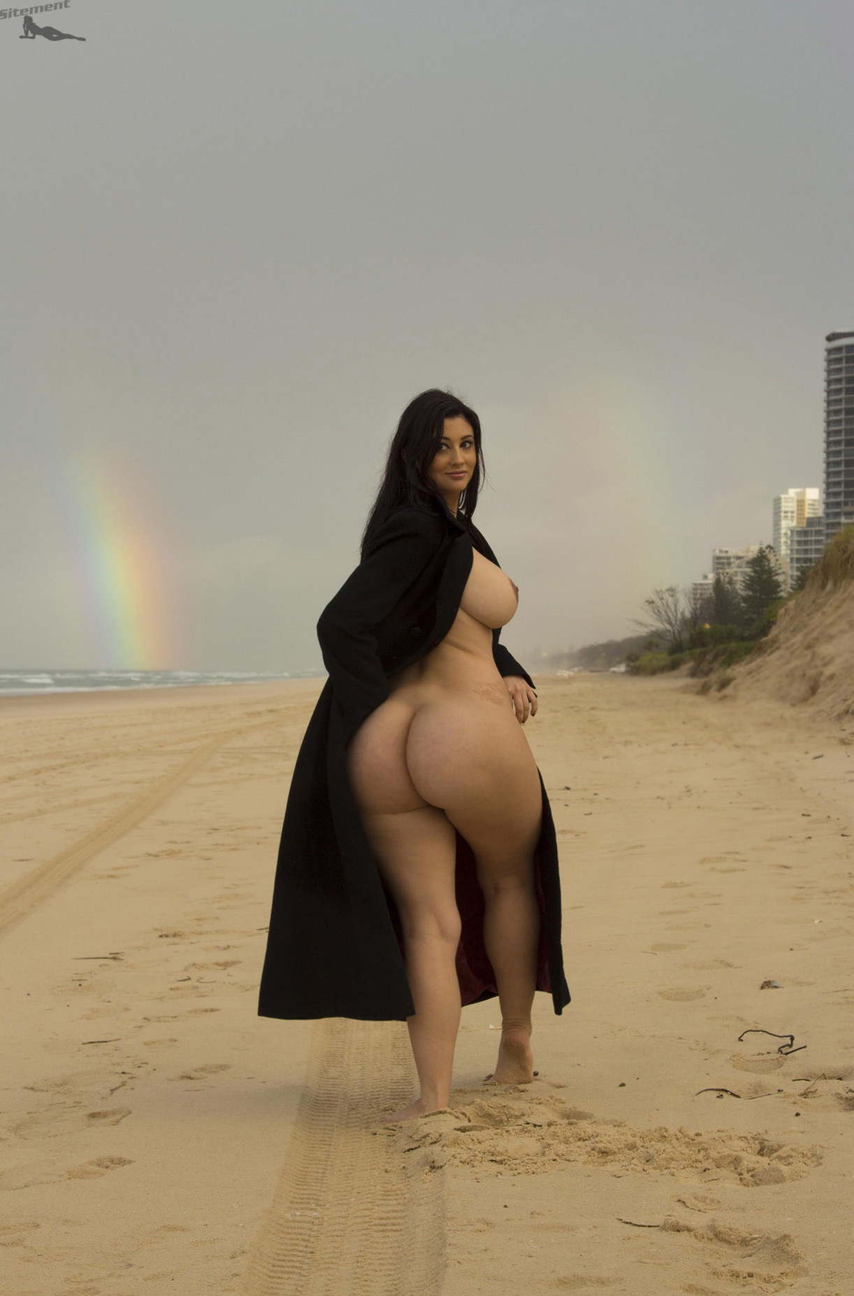 Thick middle eastern women nude