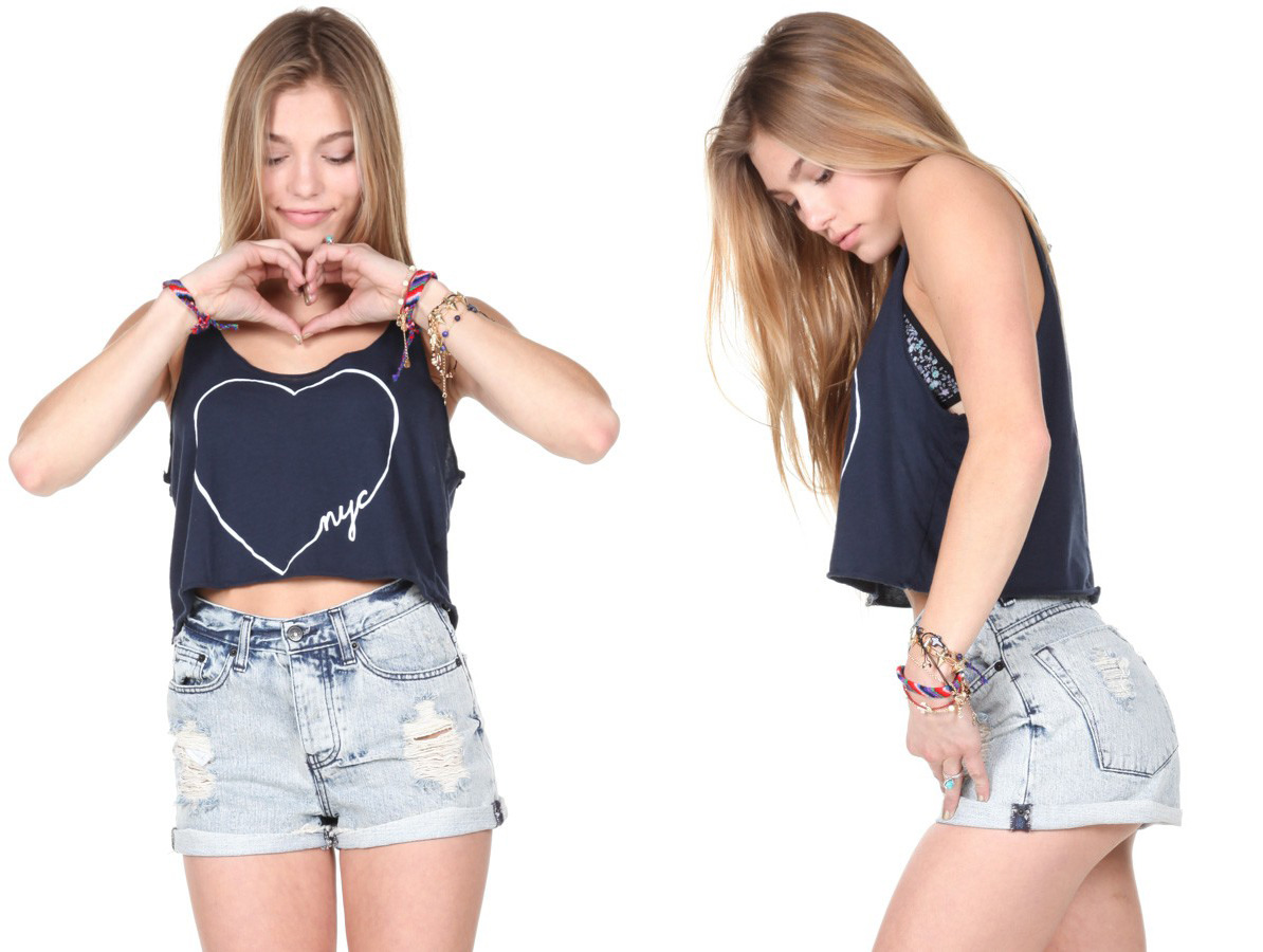 whodesignedit:  Dafne NYC Heart Tank by Brandy Melville I love the minimalist design for this racerback cropped tank top from Brandy Melville. Show your love for New York City during the hot days of Summer with this stylish top. Get this lovely top at Brandy Melville.