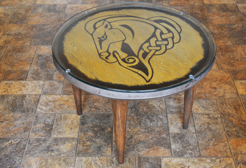 laughingsquid:  Skyrim Whiterun Shield Turned Coffee Table  want