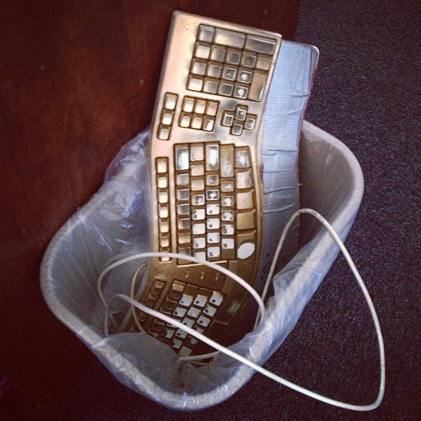 I'm #heartbroken… The #gold #keyboard is dead.  (at Osher Marin JCC)
