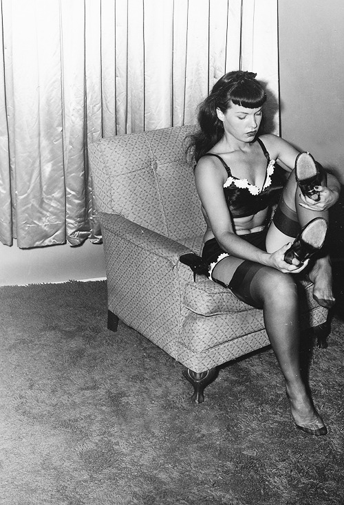 retrospex:  Bettie Page, C. early 1950's