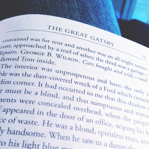 Currently Reading. The Great Gatsby - F. Scott Fitzgerald.. The Jazz Age, The Great Depression.. And a mentally broken down author..!