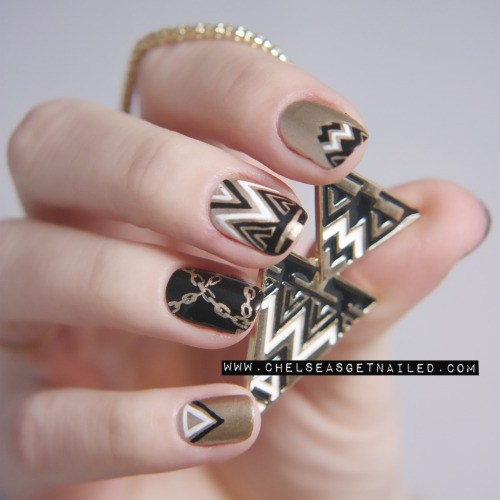 getnail-d:  I got some nail art inspiration from a necklace! Check out the post on my blog here to see more pictures and what I used.