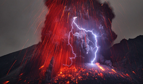 laughingsquid:  Photos of Lightning Striking Inside of an Erupting Volcano