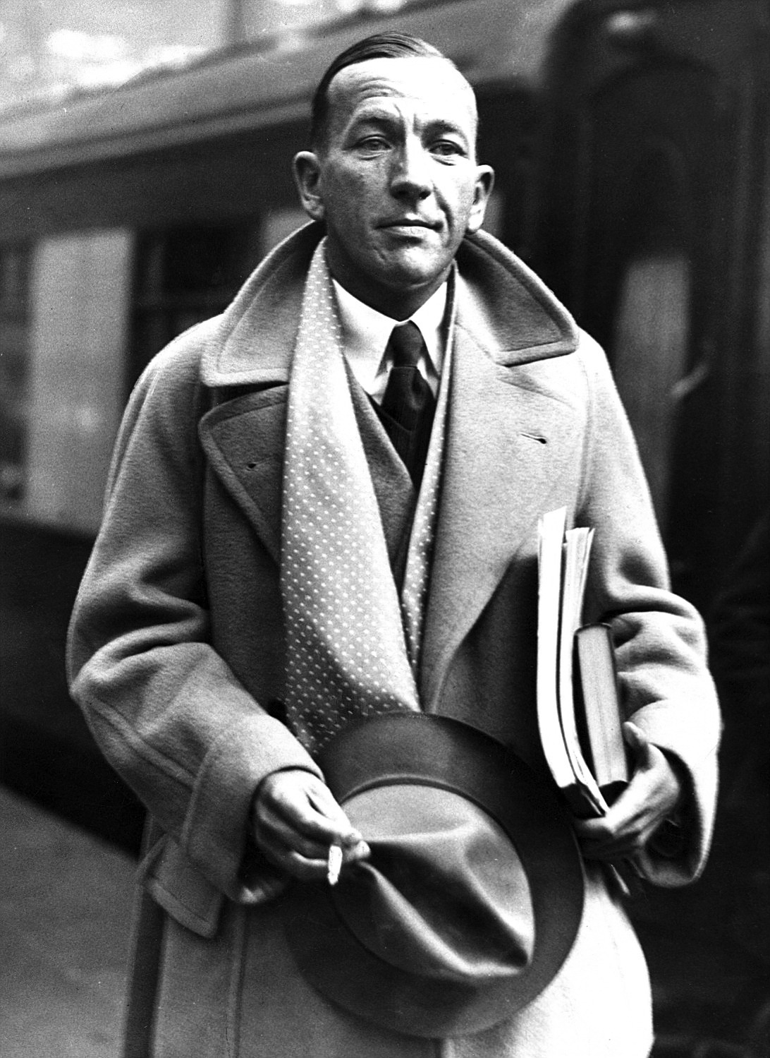 The Camel Hair Coat. Noël Coward.