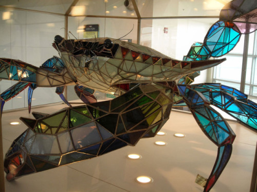 laughingsquid:  Callinectes Douglassi, Giant Stained Glass Crab Sculpture at Baltimore Washington International Airport