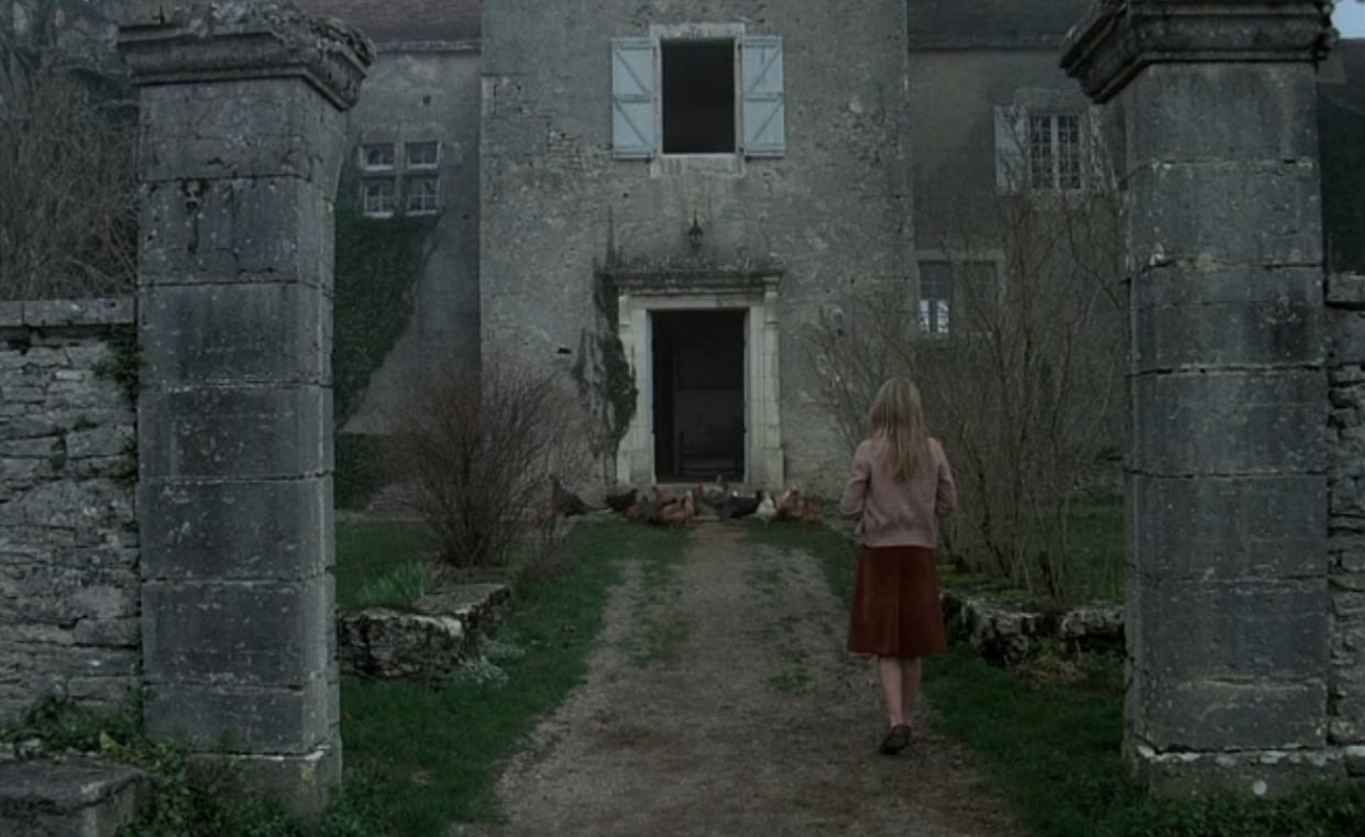 throughascreendarkly:  Black Moon (Louis Malle, 1975)  amazing.