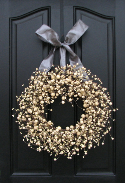 prettie-sweet:  (via Year Round Wreaths Silver and Champagne Berries by twoinspireyou)