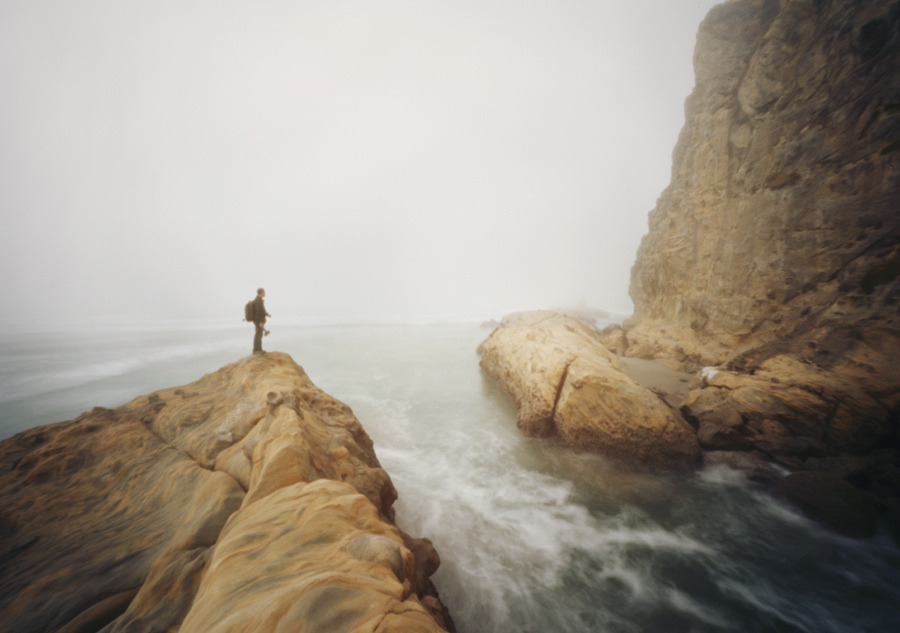 definitelydope:  at the edge of the earth (by manyfires)