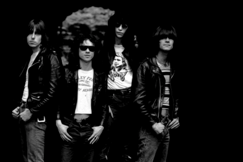 cretin-family:  The Ramones pose for a portrait on June 2, 1976 in New York City. (Photo by David Gahr/Getty Images)