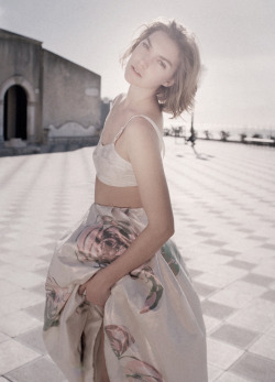 romanticnaturalism:  Arizona Muse wears a full Dior skirt in 'Girl-Bud' photographed by Tom Craig for Vogue Russia May 2013