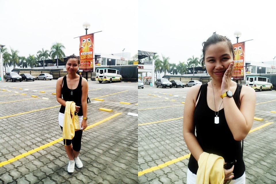 Mother's Day Jogging (by Franz Dayrit)#Jogging #Simple #ActiveWear #BlackAndWhite