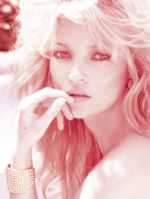 magicalcircle:  Kate Moss Vogue Brazil May 2011 shot by Mario Testino