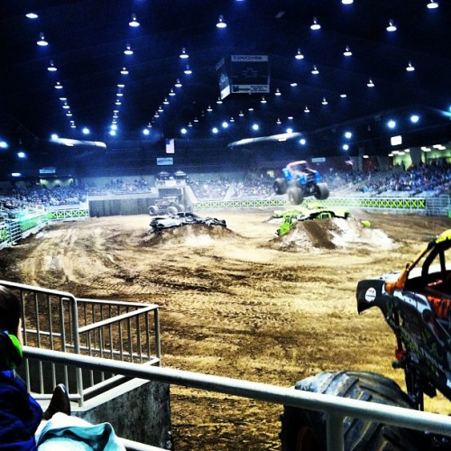 Monster truck show!! #TrippleDate #MonsterTrucks #Sick @sunshine_shelb23 @becky_maree @nateroy93