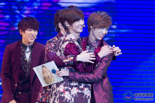 130421 Jo twins - Taiwan Fanmeeting | cr: ETtoday