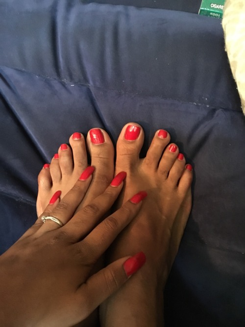 Pay Pigs Wanted 🐷 #private#payme#paypig#paypets#homewrecker#blackmail#worship#feet feddish#female supremacy#bare feet#feet footish#human atm#adult#snapcash#snapmodel#webcammodel#webcam#privateshow#cash queen#pretty#pretty toes#lickabletoes#cute toes#findom#ebony domination#domination