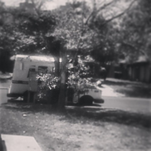 Creeping on the mail man. Temped to go up to him and sing the mail time song from blues clues… Sadly, i fought the temptation.