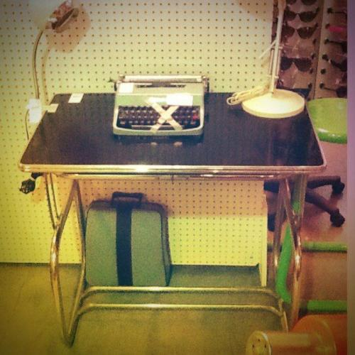 Mid Century Desk $120.00 http://on.fb.me/X9oiqQ