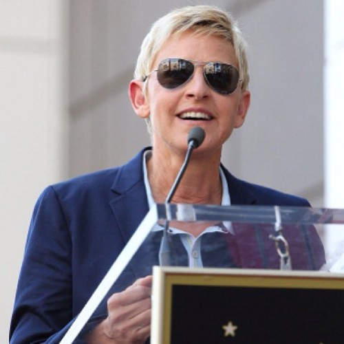 #ellen #ellendegeneres #steveharvey #walkoffame #blonde #cute #lovely #swag