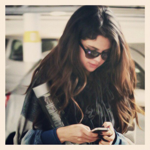 Selena Gomez is a role model. #cute #gorgeus #hairlong #glasses #iphone #beautiful #perfect