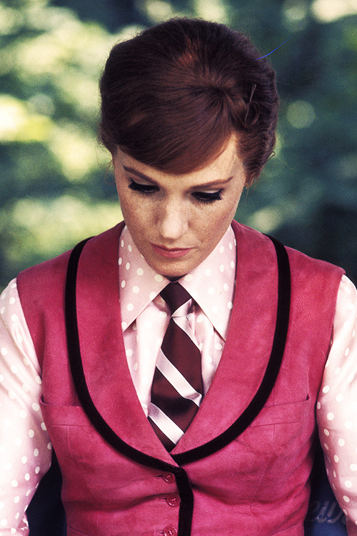 Julie Andrews on the set of Darling Lili, photographed by Ron Galella, 1970.