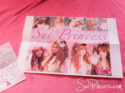 "Awwwww a cute Fanletter arrived! I really like that ""sui"" poster <3<3<3 thanks soooo much"