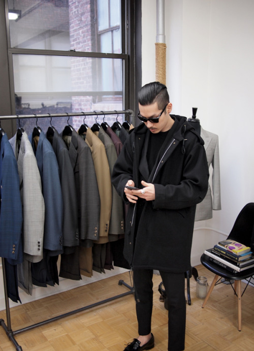 newamsboys:  HVRMINN in his studio 6X2 DB suit from HVRMINN M51 overcoat from VIETTO