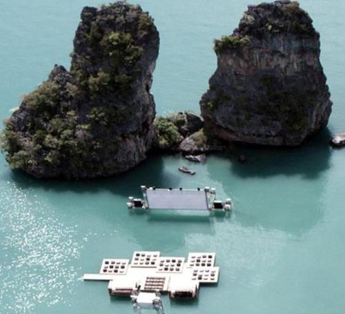 The Floating Theater in Thailand